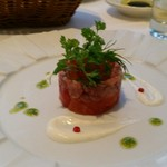 プリミ・バチ - 本マグロとトマトのタルタル いくら添え