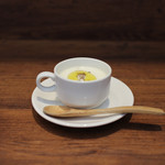 イタリアン アンド ワイン チャコール - じゃがいもの冷製スープ☆