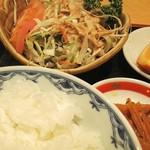 55819457 - H28.9 日替わり定食(カンパチ煮付)