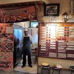本格カレー&ナンの店 シルクロード - 【許可済】お店を撮りたいと言ったら一緒に写ってくださいました
