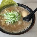 らーめん一番輝 - 白醤油とんこつラーメン+味玉(¥780+¥100)