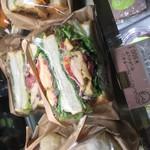 ククーカフェ - 自家製パンのサンドイッチ!
