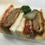 ナカヤ - メンチカツサンドイッチ250円くらい