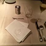 リストランテ ラ・バリック トウキョウ - ナプキンの「B」の刺繍がとてもお洒落!