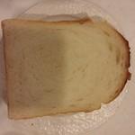 55836113 - 天然酵母の食パン