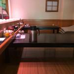 井桁寿司 - カウンターの他お座敷席もあり