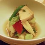 55840710 - 蒸し鮑と夏野菜の冷製出汁仕立て