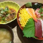 鮮宴丼ひろし - ミックス丼(ご飯大盛り無料、味噌汁付き) 1,000円(税込)