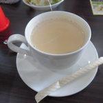 ナマステインドネパール料理 - ホットチャイ ミルク感あり。茶葉感は弱め。