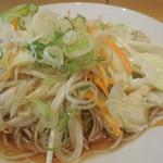 源太郎そば - 炒めた野菜が