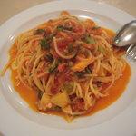 ラ・ポルタ - カニとレンズ豆のトマトソース