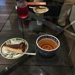 里山十帖 - 料理写真:ウエルカム酒粕チーズケーキ