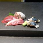 寿司 さいしょ - カツオ、イワシに続いてサワラ