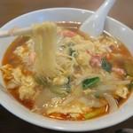 中国料理 季津 - 蟹玉入り酸辣湯麺(麺にピントが合わず済みません…)