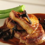 折衷料理家 風人 - 料理写真:仔牛ヒレステーキ フォアグラ添え トリュフソース