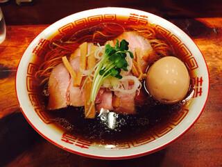 中華そば しば田 - 中華そば+煮卵+チャーシュー