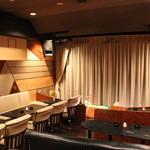 マジックバー 銀座十二時 銀座本店 - 当店の目玉は、最大級のステージ!メインのステージルームは30〜35名ご利用頂けます。プロジェクター等の設備も充実!