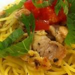 ポポラマーマ  - 鶏もも肉のさっぱりレモンソース
