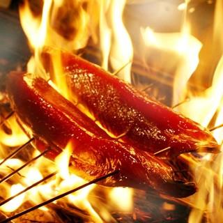 【産地直送】瀬戸内海の旬の味覚を贅沢に!かつおの藁焼きが人気