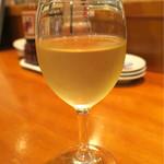 沼津魚がし鮨 流れ鮨 - 201609 火曜日はグラスワイン半額デーで350円→175円