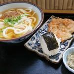 あじ道楽 - 料理写真:かけうどん(小)  えひかき揚  おにぎり  昆布