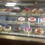 55875460 - 店舗・内観[平成28年9月6日(火)]:洋菓子売り場
