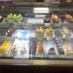 55875467 - 店舗・内観[平成28年9月6日(火)]:洋菓子売り場
