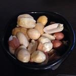 谷中ビアホール - スモークナッツ