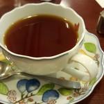 コトブキ - セットの紅茶