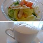 エイチツー クッキング - ◆最初に「サラダ」、、普通の野菜サラダですね。 ◆ドリンクは選べますので「カプチーノ」を。本格的な品ではないですが、ランチドリンクとしては十分ですよ。