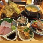 あかとら - お造り、天ぷら、茶碗蒸し、小鉢三品