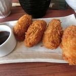 PIER-01 - 料理写真:カキフライ定食