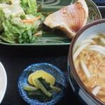 饂飩みやけ - 煮魚定食=日替りメニューのひとつです♪