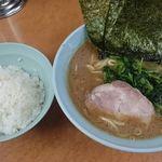 らー麺 家道 - 料理写真:家系中華蕎麦 並、ライス