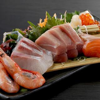 新鮮な海鮮!!現在本マグロを使用!!