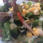 トラットリア マータント - ピザランチのサラダ