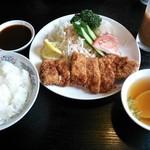 中華料理 香蘭 - トンカツランチ(¥880)