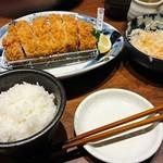 55915827 - 山形豚(大)+定食