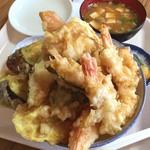 大松屋食堂 - 大ボリュームの天丼!  ¥1000