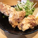 麺屋 藤 - ジューシーな唐揚げ