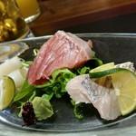一汁五菜 - 鮮魚三種盛り(真イカ・長崎の天然鰤・太刀魚)