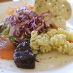 クッカーニャ - 野菜とサラダの盛り合わせ