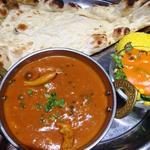 インドカレー&ナン ムンバイ - 1種類のカレーセット(日替わり:チキンときのこのカレー)