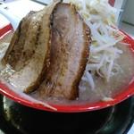 Akamaru - 豪快らーめん 野菜大盛 700円