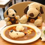 丸福珈琲店 - カレー専門店のカレーもいいけど、 こういう喫茶店カレーも時々食べたくなるんだよね。 お肉もよく煮込まれてて美味しかったよ。