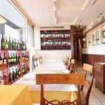 ガット・ネーロ - ≪'16/08/23撮影≫店内のテーブル席の風景です