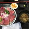 みなと市場 小松鮪専門店 - 料理写真:みんな丼