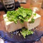 七武会 - パクチー豆腐¥400