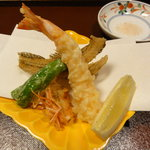 手料理 きくち - 天麩羅(海老、櫨煎餅、獅子唐)