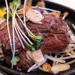 """新牛々庵 - これが""""はしっこステーキ""""。かなり美味かったです。"""